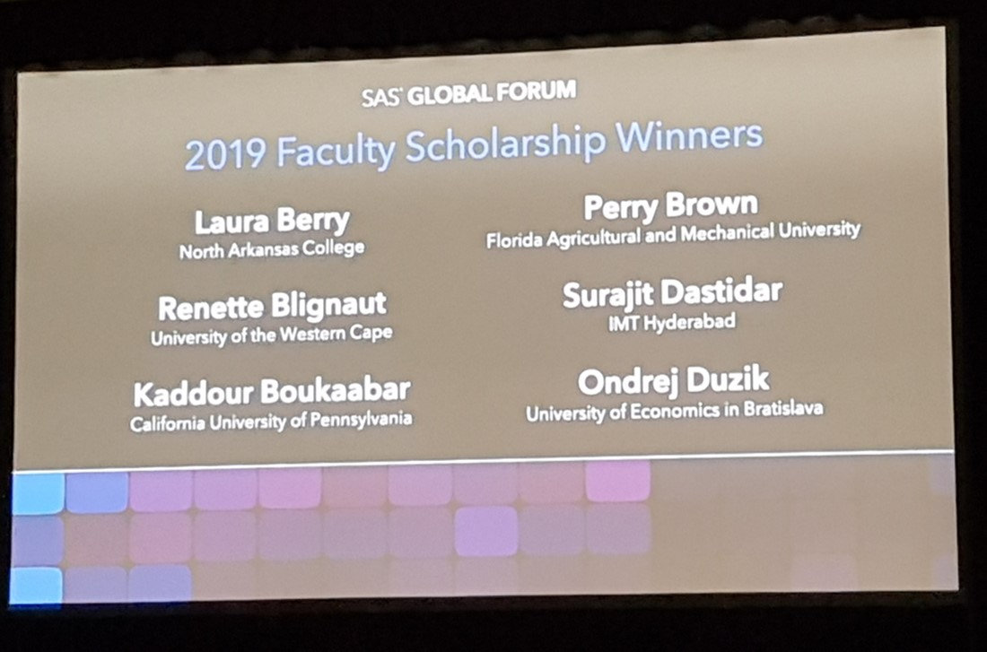 5 faculty scholarship winners